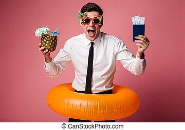 jeune, caoutchouc, homme affaires, anneau, excité heureux