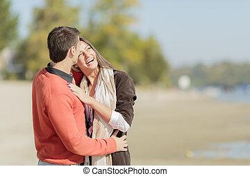 jeune couple, plage