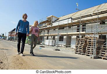 jeune couple, sur, site construction