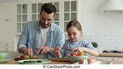 jeune, cuisine, enseignement, père, fille, légume, découpage...
