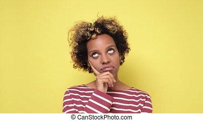 jeune femme, percé, everything., africaine, fatigué