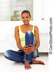 jeune femme, plancher, africaine, séance