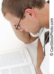 jeune homme, étudier