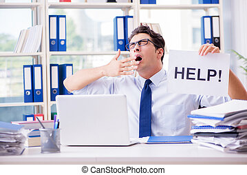 jeune, homme affaires, demander, pour, aide, dans, bureau