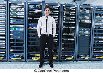 jeune, il machinent, dans, centre calculs, salle serveur