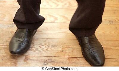 jeune, jambes, chaussures, homme, danse