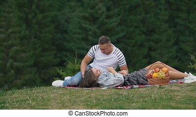 jeune, pique-nique, couple