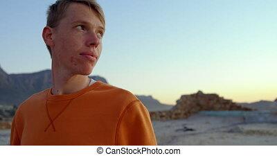 jeune, séance, homme, 4k, pensif, plage