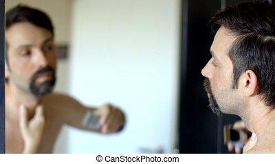jeune, salle bains, moustache, barbe, rasages, sien, regarde, chevêtre, miroir, beau, homme