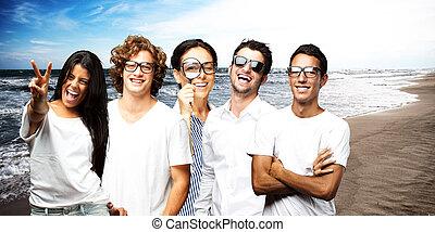 jeune, scientifique, équipe, apprécier, près, les, rivage mer