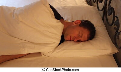 jeune, sommeil, rêver, bon, lit, homme