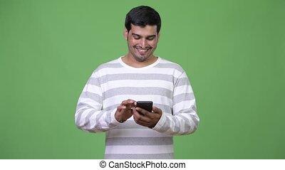 jeune, téléphone, persan, utilisation, homme, beau