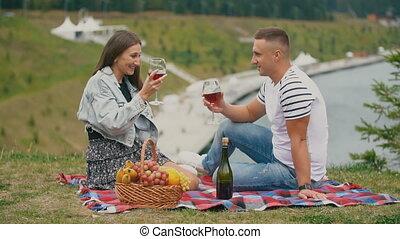 jeune, vin, couple, boissons