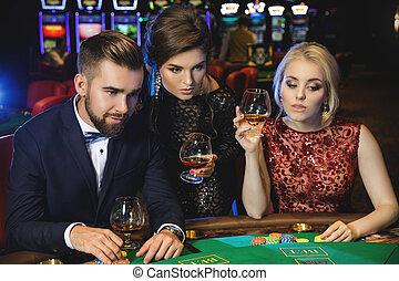 jeunes, poker jouant, dans, les, casino