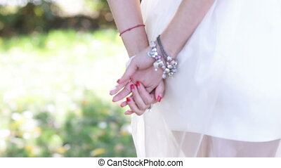 Jewellery bride - On hands bride are many decorations