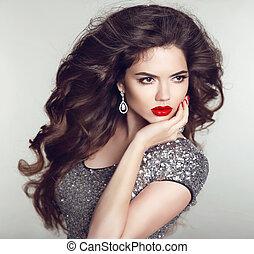 jewelry., donna, moda, nails., bellezza, sano, lips., trucco, giovane, lungo, manicured, brunetta, portrait., lusso, hairstyle., hair., ragazza, modello, rosso, attraente