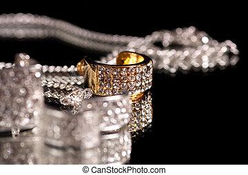 Jewelry - Silver jewelry with diamonds
