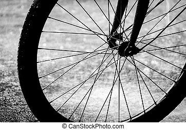 jezdit na kole tlačit