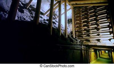 jezioro, metro, wieliczka, historyczny, kraków, zbudowania, drewniany, na, wzmacnianie, kopalnia, sól