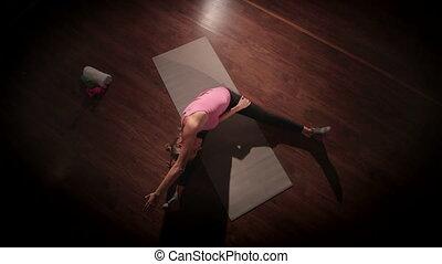 JIB CRANE: Lower body stretching routine for flexibility...