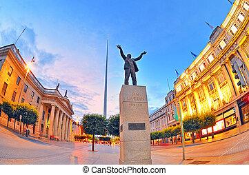 Jim Larkin monument in Dublin city centre shoot in summer...