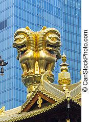 Jing An Temple Golden Lions