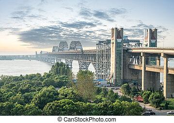 jiujiang, yangtze rzeka, most, na, zmierzch