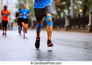 joelhos, pernas, corredor, fita, kinesio, macho