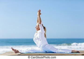 joga, mitte, frau, antikisiert, draußen
