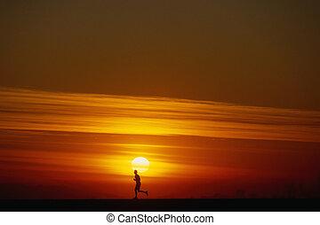 jogging, à, coucher soleil