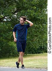 jogging, hombre, joven, aire libre