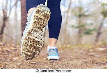 jogging, kobieta, las, upadek