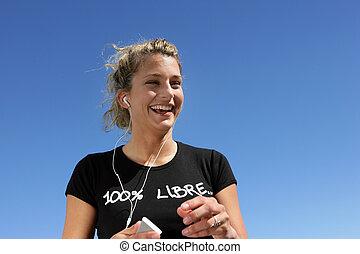 jogging, mujer, playa