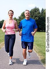 jogging, park., couple, personne agee