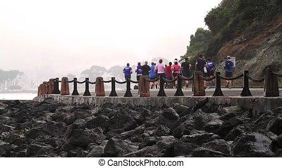 Jogging People, Golden Gate Bridge