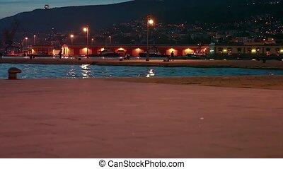 Jogging in the rive, Trieste
