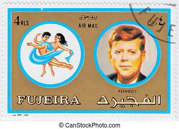john, impresso, pessoas, selo, :, imagem, f, -, 1971, famosos, fujeira, kennedy, gêmeos, fujeira, sinais, signos, circa, mostra