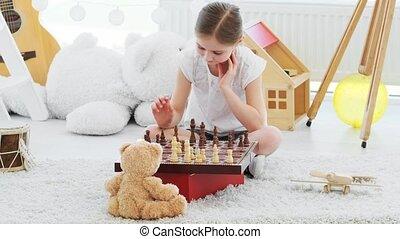 joli, échecs, girl, peu, jouer