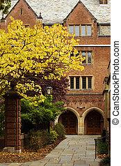 Yale university - Jonathan Edwards College of Yale...