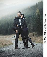jong paar, in, natuur, landschap