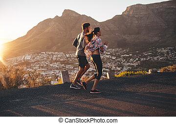 jong paar, jogging, in, natuur