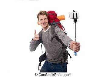 jonge, atractive, reiziger, backpacker, boeiend, selfie, foto, met, stok, verdragend, schooltas, gereed, voor, avontuur