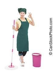 jonge, aziaat, vrolijke , huisvrouw, reinigingsmachine, met, ok, gebaar