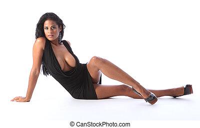 jonge, gemengd, zwarte jurk, vrouw, kort, hardloop, sexy