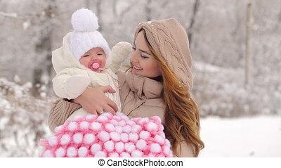jonge, het glimlachen, kind, winter, moeder