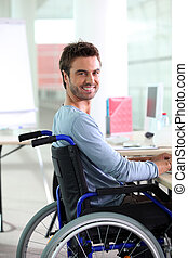 jonge man, het glimlachen, in, wheelchair
