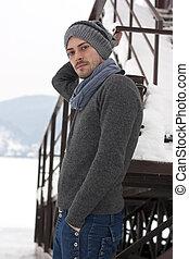 jonge man, in, winter