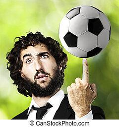 jonge man, met, een, voetbal