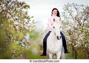 jonge, mooi, meisje, paardrijden, een, paarde
