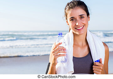 jonge, passen, vrouw, drinkwater, na, oefening